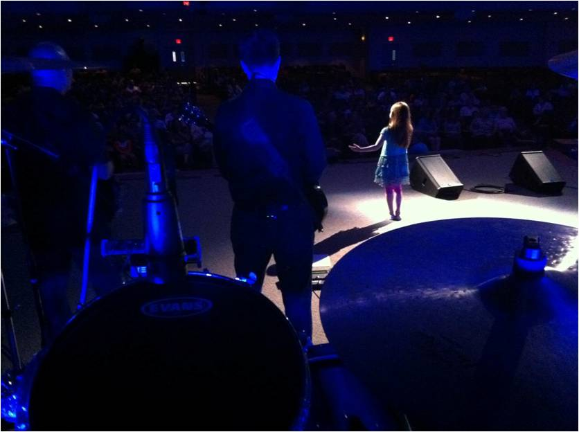 Kaitlyn Singing at CFC's The Experience Event
